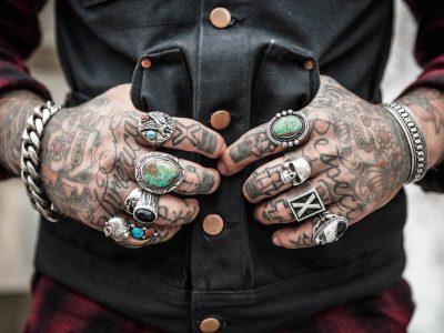 hands-1031131_1920