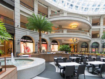shopping-mall-1416502_1920